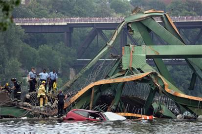 bridge-photo-by-jeff-wheeler-of-star-tribune.jpg